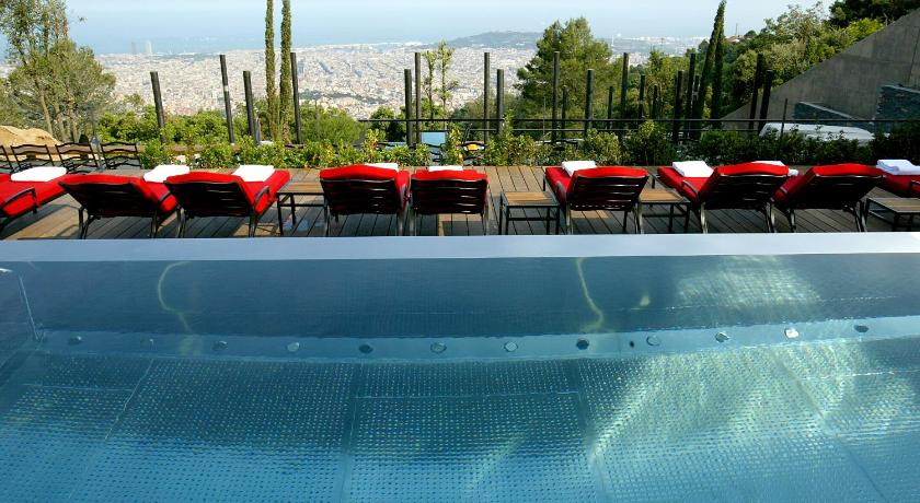 boutique hotels in catalonia  412