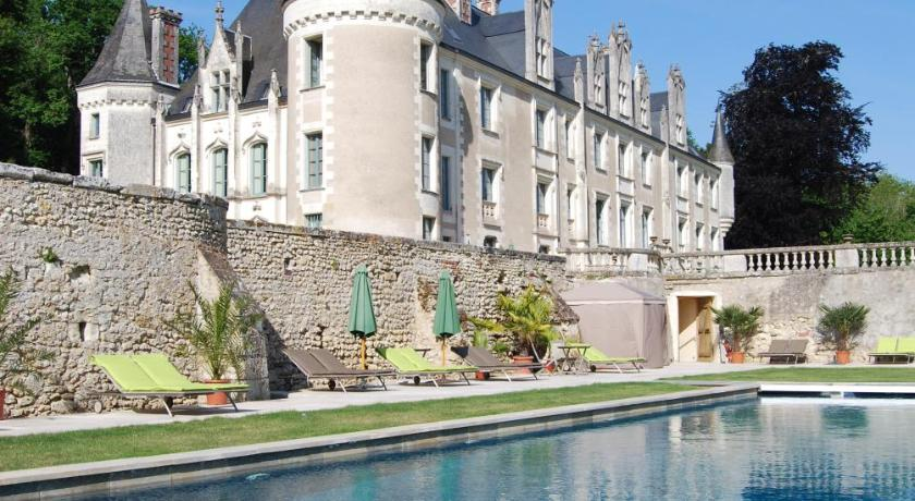Swimming pool Chateau des Arpentis