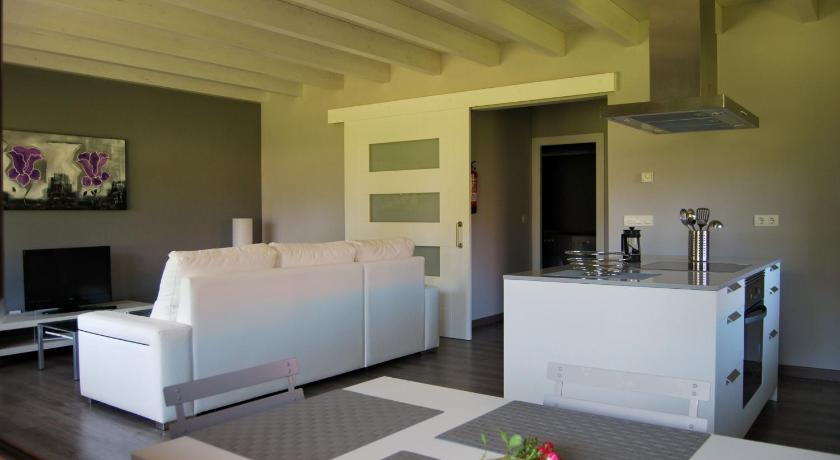 Best Price on The Cool Houses in Llanes + Reviews