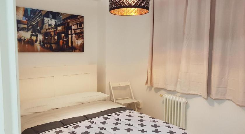 Nj Apartament Frei Rosendo Santiago De Compostela Spain