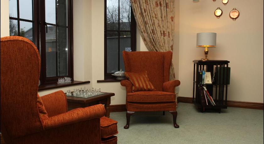 All the Twos Lodge Galway Road Ennis