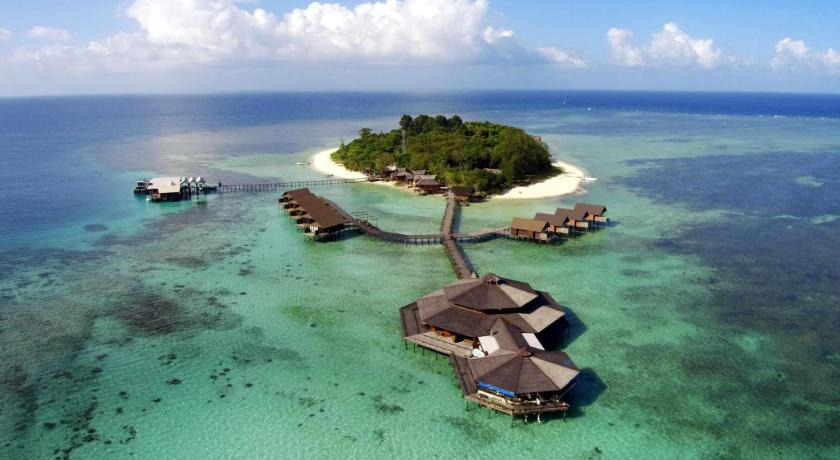 More about Lankayan Island Dive Resort