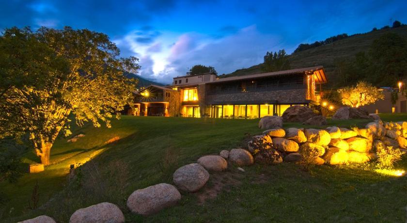 Hotel Rural-Spa Resguard Dels Vents 3