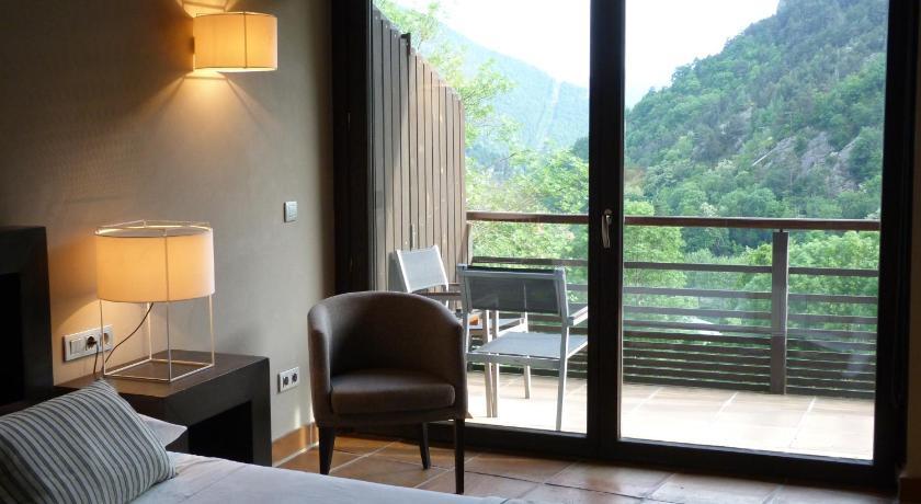 Hotel Rural-Spa Resguard Dels Vents 16