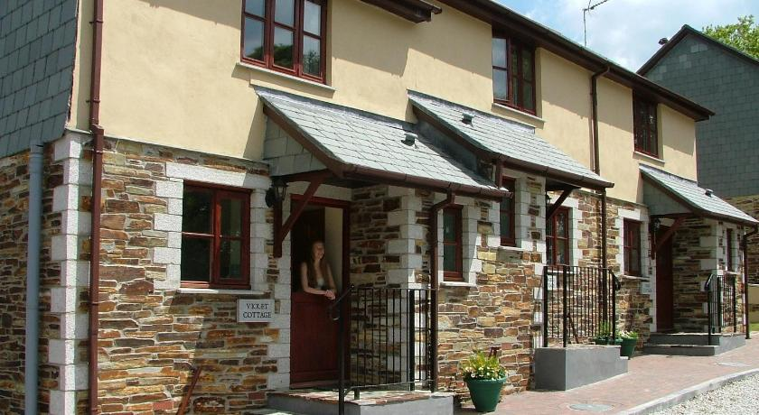 Juliots Well Cottages Holiday Park Camelford