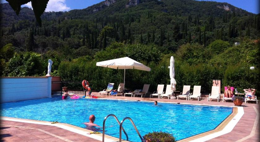 Apartments Corfu Sun Pool Side