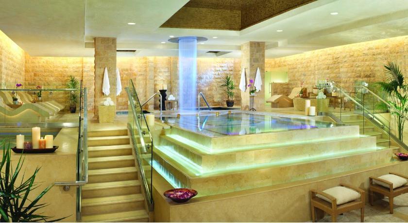 Caesars Palace Nobu Hotel Review