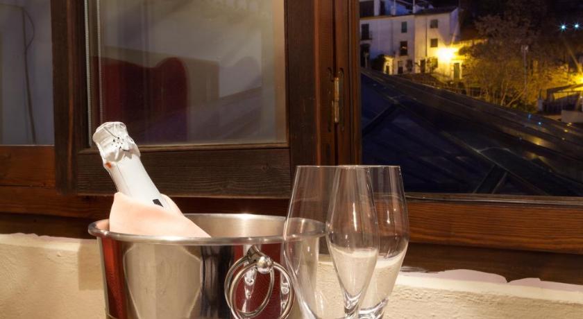 hoteles con encanto en granada  410