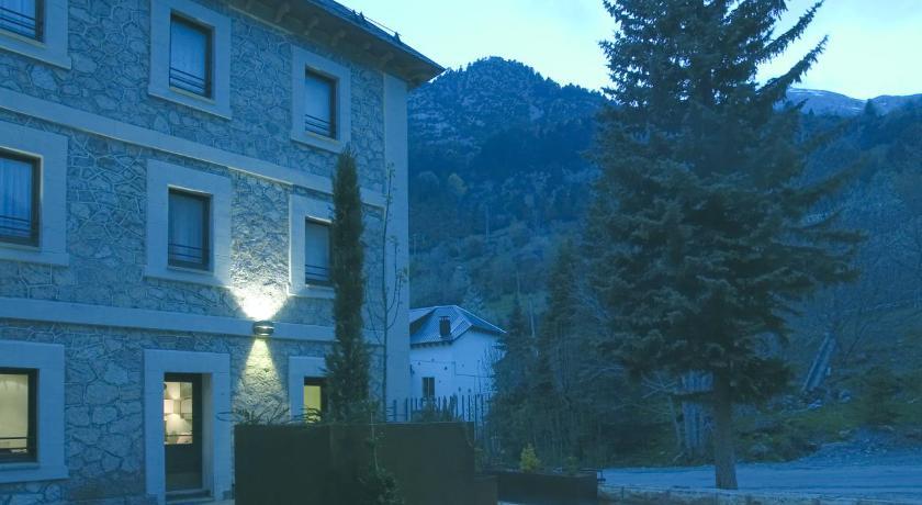 hoteles con encanto en canfranc 15