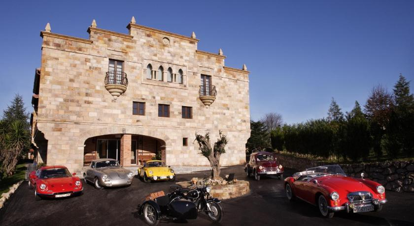 boutique hotels in santillana del mar  25