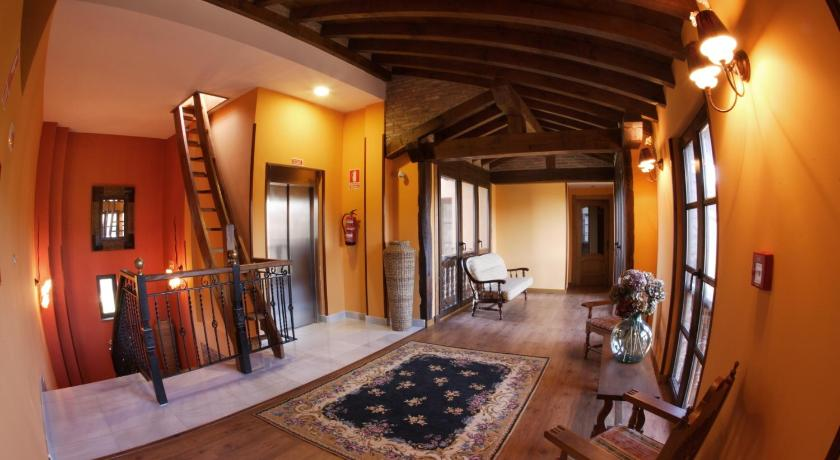 boutique hotels in santillana del mar  35