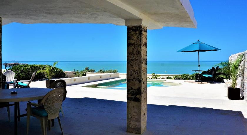 Casa Lago Dominguez On The Beach - Chicxulub Puerto