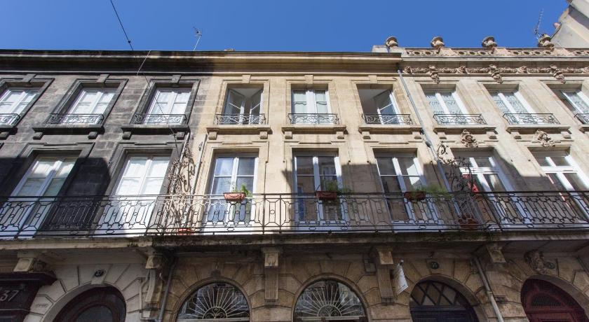 Maison D'Hôtes Chambre En Ville | Book Online | Bed & Breakfast Europe