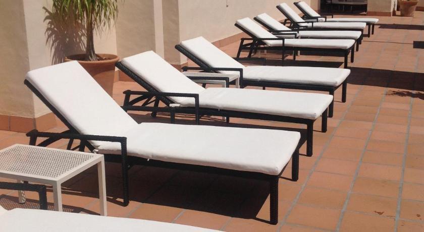 hoteles con encanto en cádiz  173