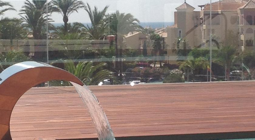 hoteles con encanto en cádiz  171