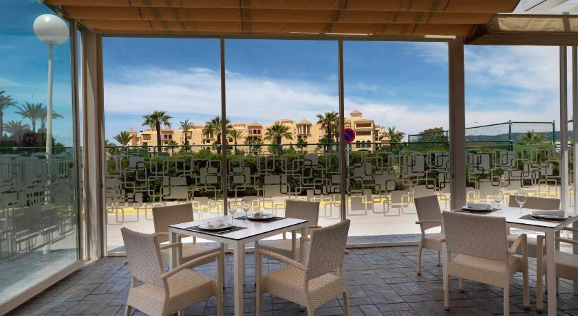 hoteles con encanto en cádiz  193