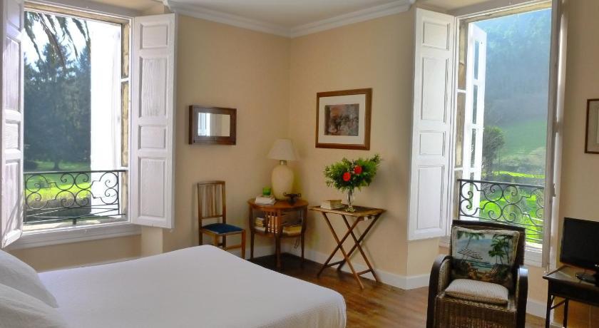 hoteles con encanto en cantabria  237