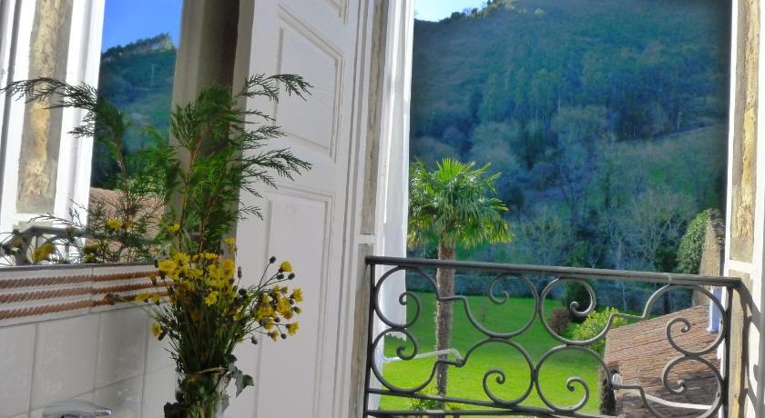 hoteles con encanto en cantabria  256
