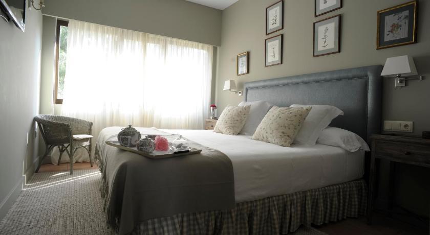 hoteles con encanto en cuenca  92