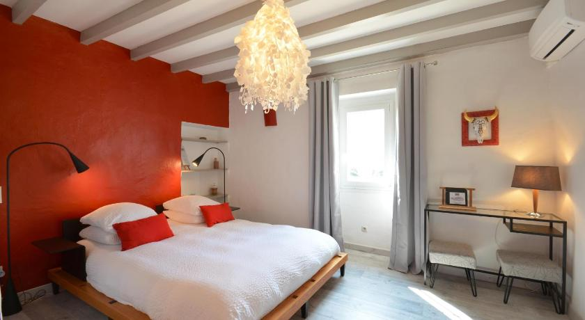 Chambres d\'Hôtes Mas Julien - Orange | Bedandbreakfast.eu