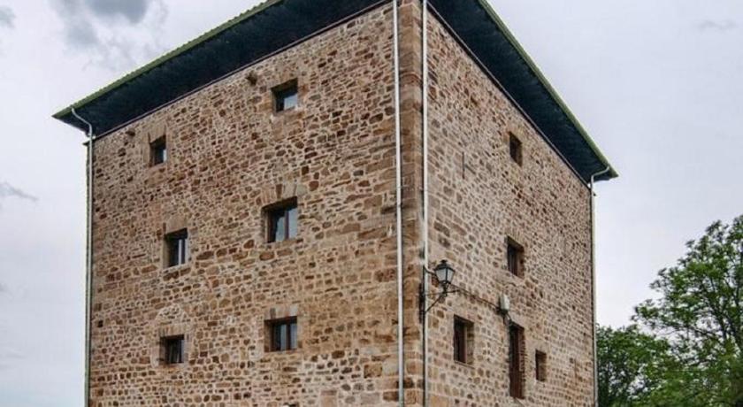 Hotel Torre Zumeltzegi 52
