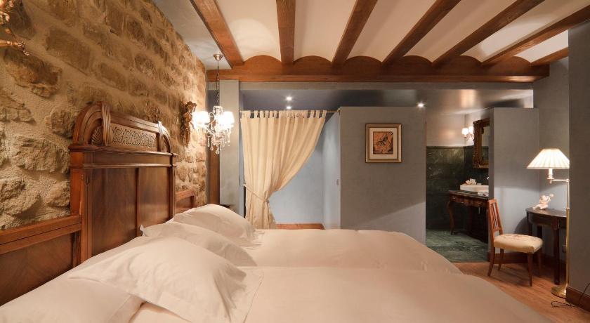 hoteles con encanto en álava  12