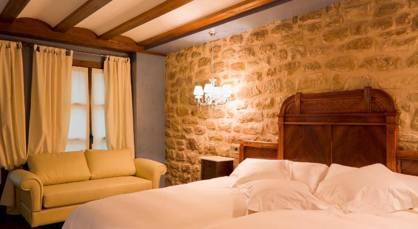 hoteles con encanto en álava  36