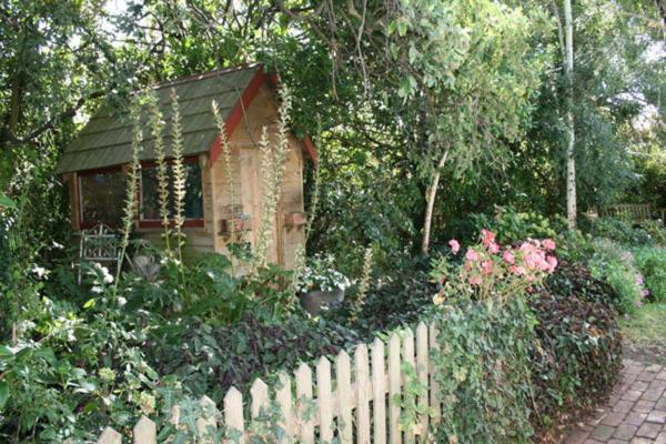 Birch House Koroit 25 Station Street Koroit
