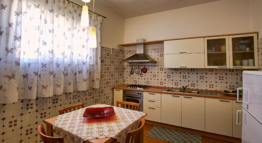 Two-Bedroom Apartment with Balcony Your House In Sorrento