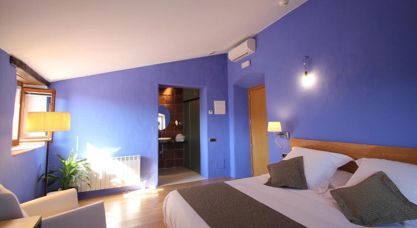 hoteles con encanto en cánoves  19