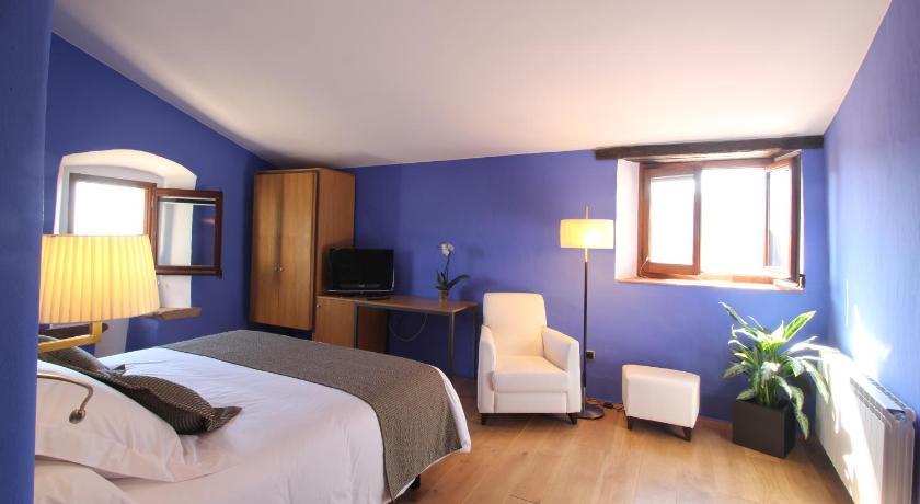 hoteles con encanto en cánoves  20