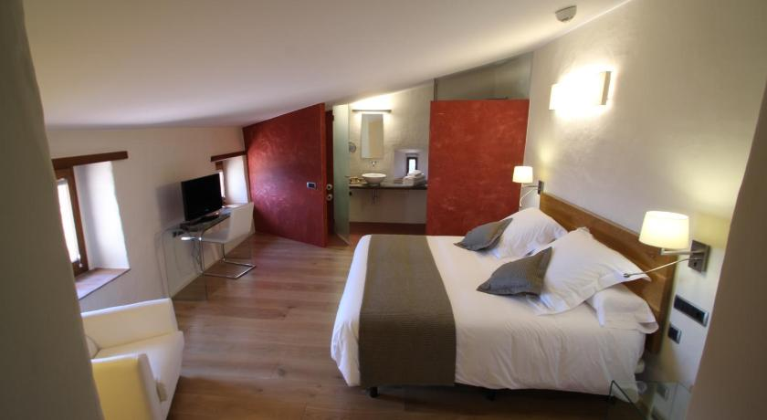 hoteles con encanto en cánoves  22