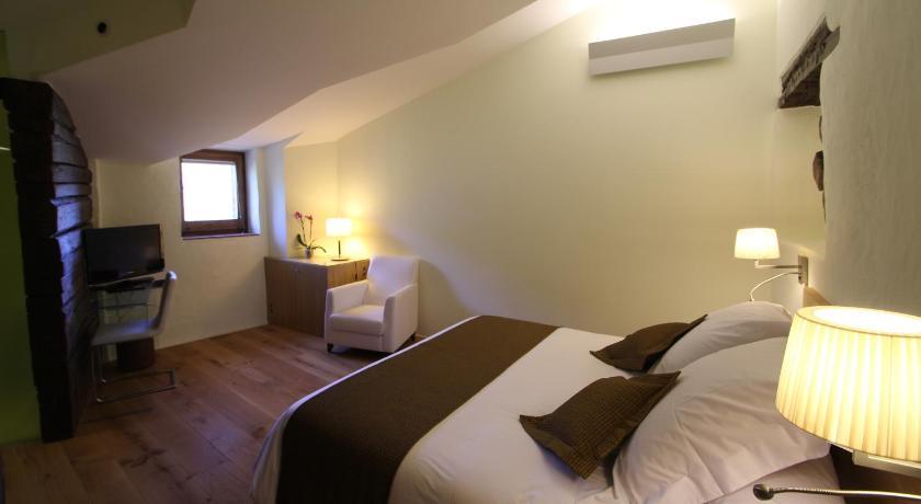 hoteles con encanto en cánoves  26