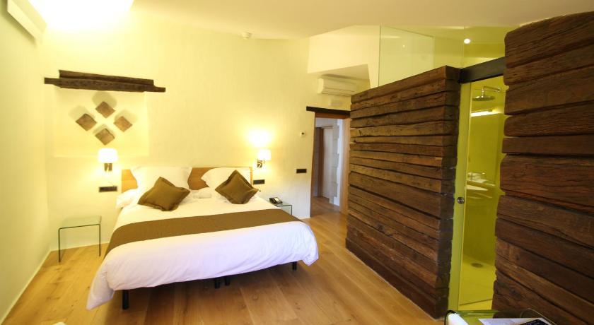 hoteles con encanto en cánoves  29