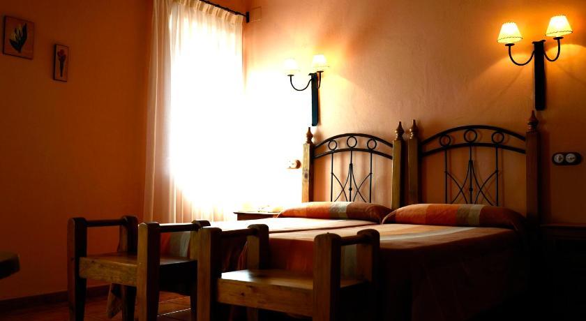 hoteles con encanto en albarracín  36