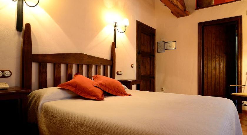 hoteles con encanto en albarracín  2