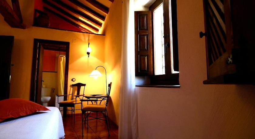 hoteles con encanto en albarracín  16