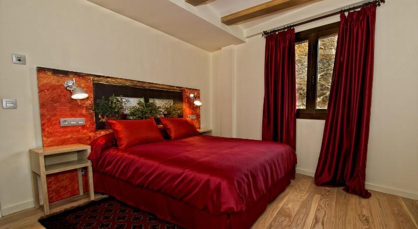 hoteles con encanto en albarracín  58