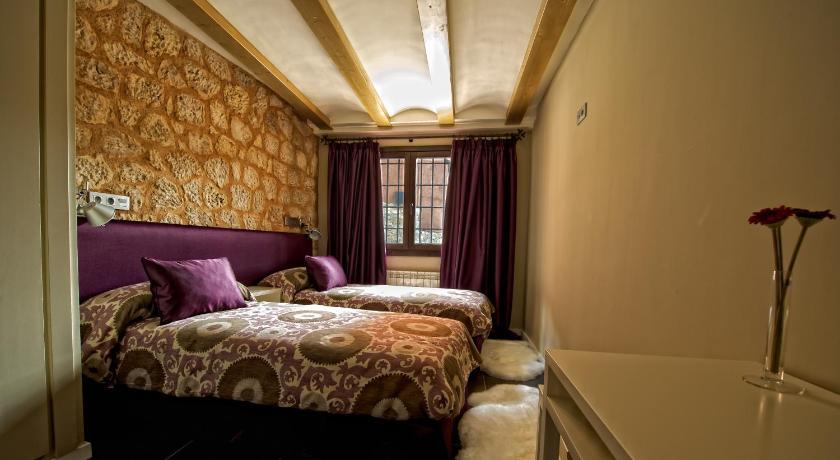 hoteles con encanto en albarracín  54