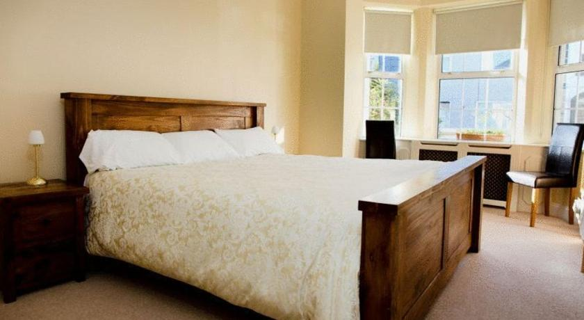 Desota House Bed and Breakfast 54 Newcastle Road, Cookes Corner Galway