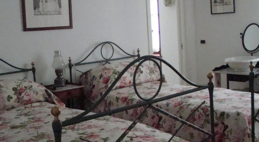 B&B Il Grillo Bianco Frazione Ronchi San Bernardo 29 Cuorgnè