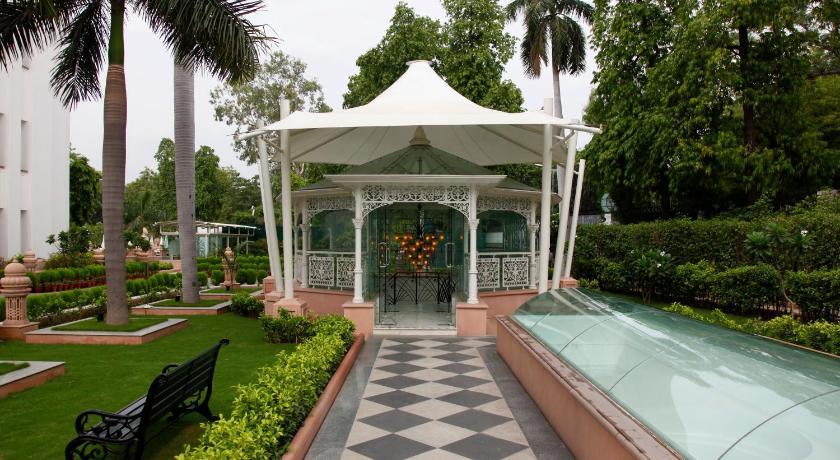 the imperial new delhi janpath new delhi. Black Bedroom Furniture Sets. Home Design Ideas