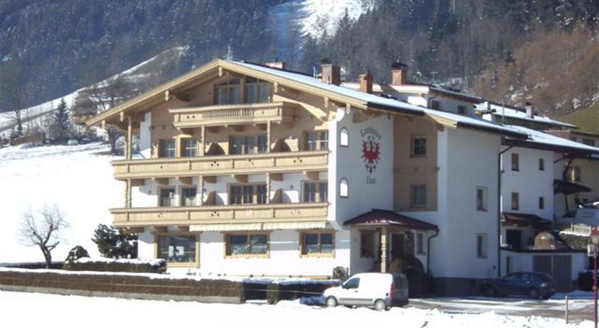 Two-Bedroom Apartment with Balcony Landhaus Tirol