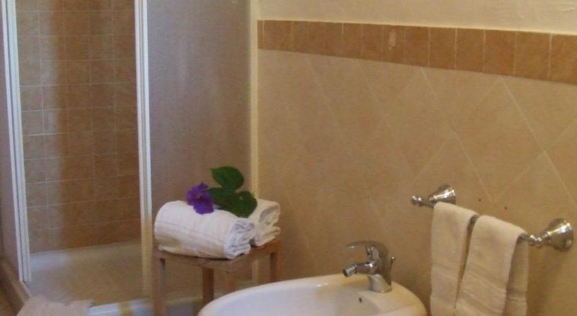 Double or Twin Room - Bathroom Bentu Estu