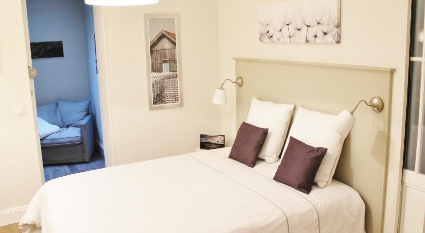 l 39 appart d 39 oli et tiane bordeaux. Black Bedroom Furniture Sets. Home Design Ideas