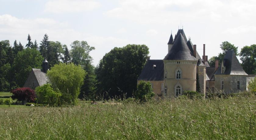 Château de Vaulogé Château de Vaulogé Fercé-sur-Sarthe