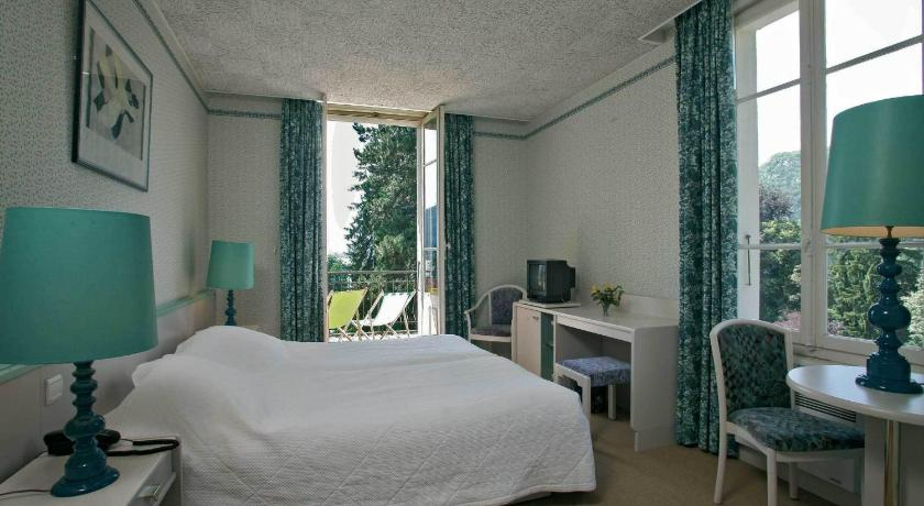 Twin/Double Room - Lake Side - חדר שינה Hotel du Lac