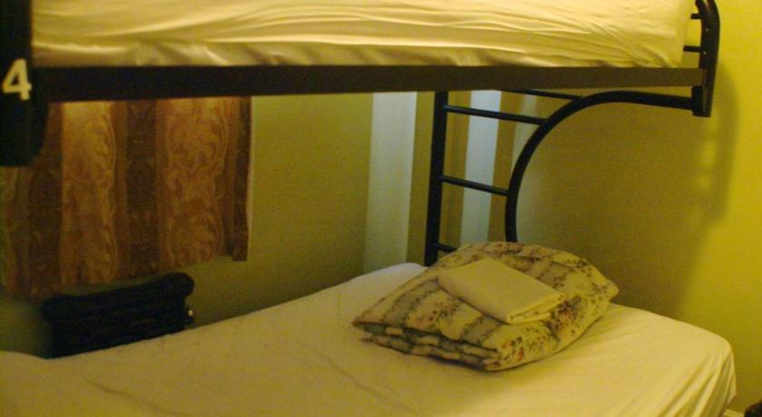 Single Bed in Dormitory Room - Bed Dakota Hostel and Hotel