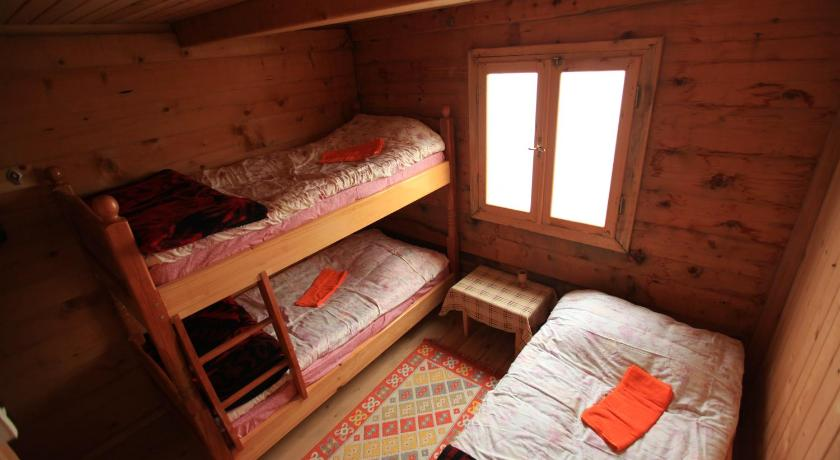 Triple Room with Private Bathroom - Guestroom Pokut Doğa Konukevi