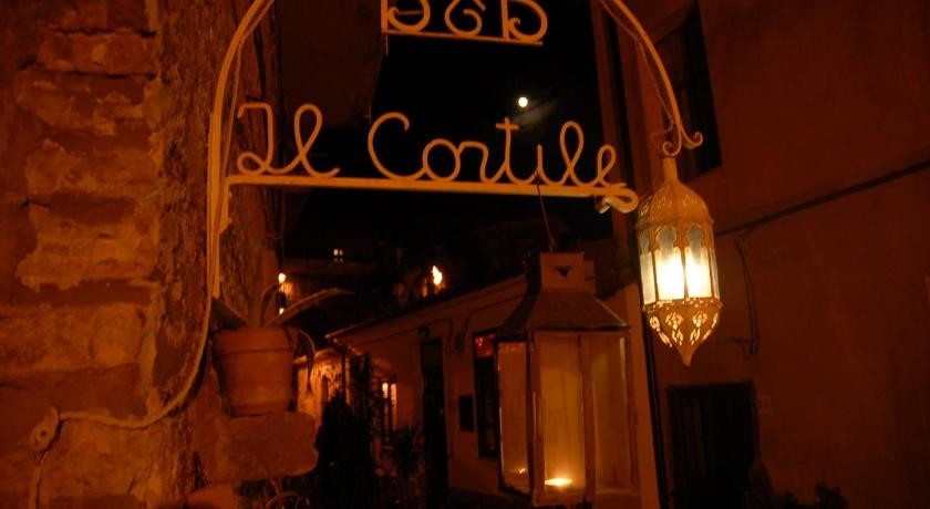 More about Il Cortile